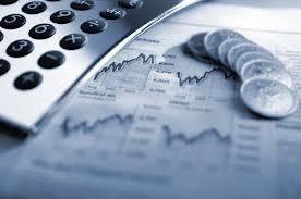 Economistas esperam taxa de juros a 10,5% e dólar a R$ 2,40 no ano que vem