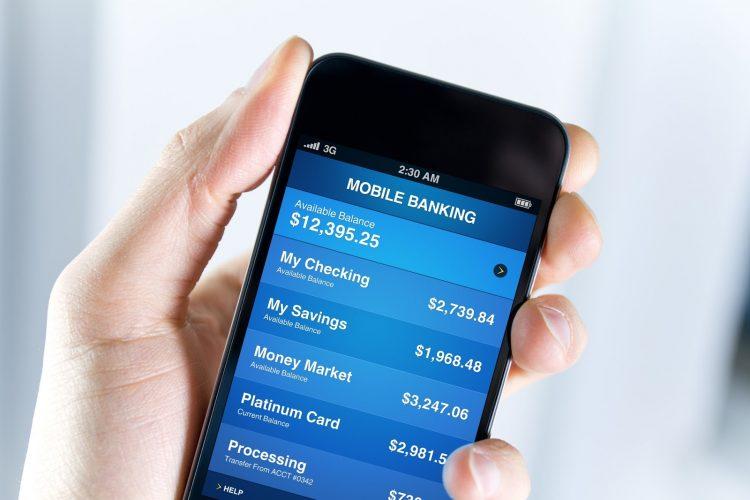 Como o celular está mudando a relação entre o cliente e o banco nos EUA